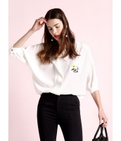 ガーベラレディース ファッション ロマンチック スタントカラー ポケット 刺繍 七分袖 ゆったり コーデアイテム シャツ  mb10771-1