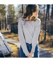 ガーベラレディース ニット・セーター セーター 長袖 ワッペン刺繍 rp11480-3