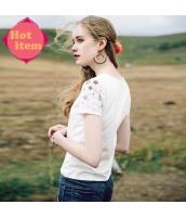 【Tシャツ】カットソー【半袖】白【ホワイト】刺繍入り【夏物】 rp12943-1