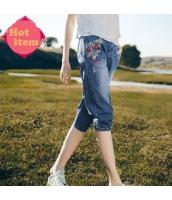 【ジーンズ】デニムパンツ【クロップドパンツ】青【ブルー】刺繍入り【夏物】 rp12984-1