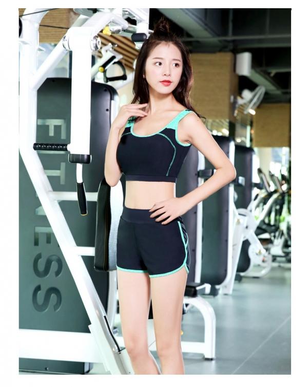 ヨガ フィットネス トレーニング 半袖Tシャツ+タンクトップ+重ね着風パンツ(取り外し可能)4点セット アンサンブル スポーツウェア ピラティス ジム ダンス ランニング シェイプアップ ダイエット xmn1705-2