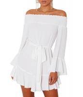 ホワイト フレア袖 ドロップ裾 プリーツ オフショルダー ドレス cc220116-1